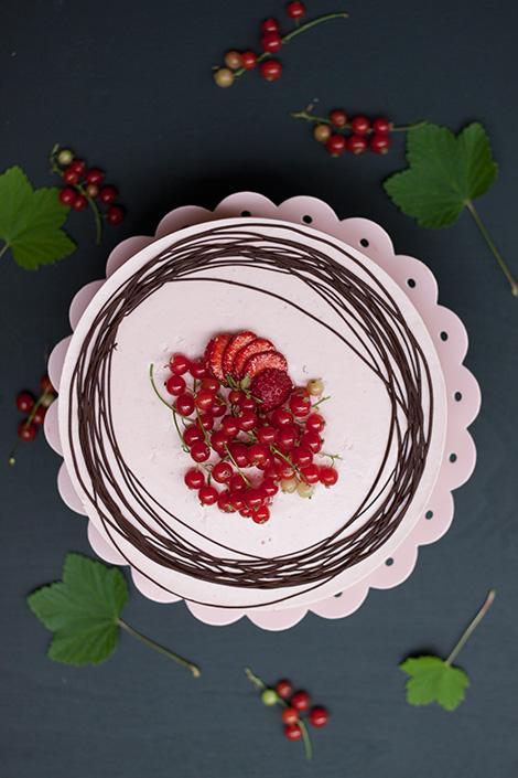gluteeniton-mansikkasuklaakakku3
