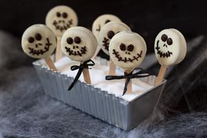 Halloweenin helpot keksitikkarit